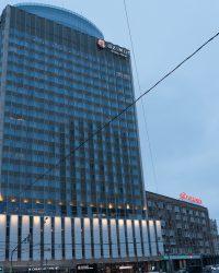 Главное здание мероприятия «Azimut»